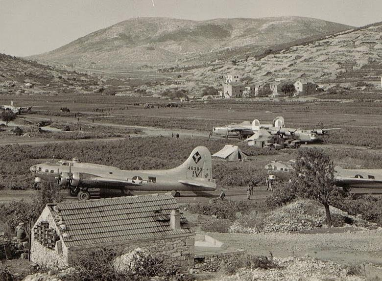 Vis 1944